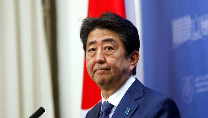 Абэ пообещал Путину оставить Курилы без баз. Мирный договор могут подписать в 2019-м