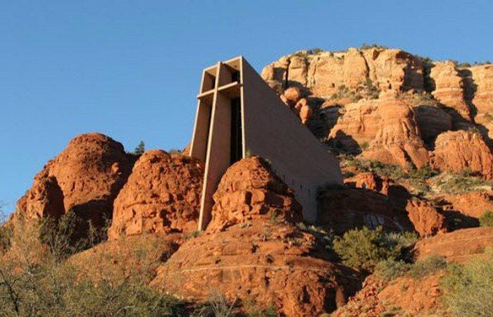 Странные и необычные храмы из разных уголков планеты
