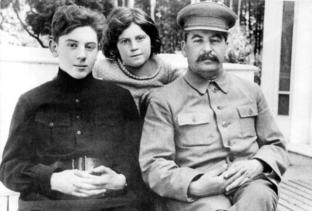 Александр Неукропный: Сталин и его сын - оболганная трагедия Вождя