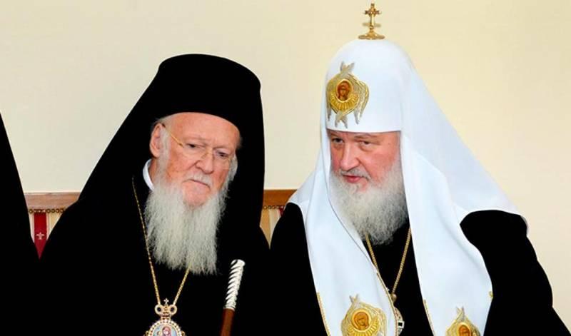 Почему Константинополю не удастся лишить Москву автокефалии