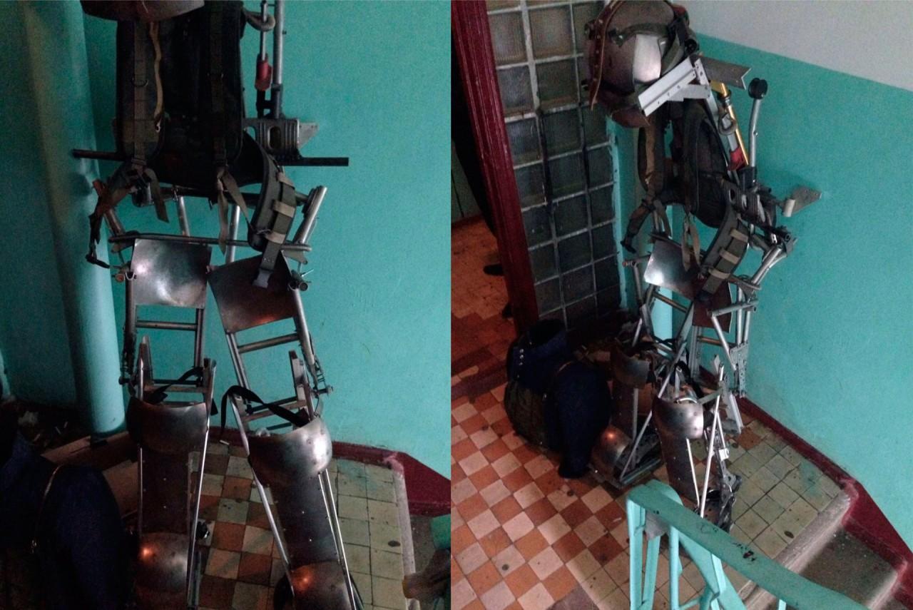 Боец СОБРа сделал экзоскелет для войны с коллекторами