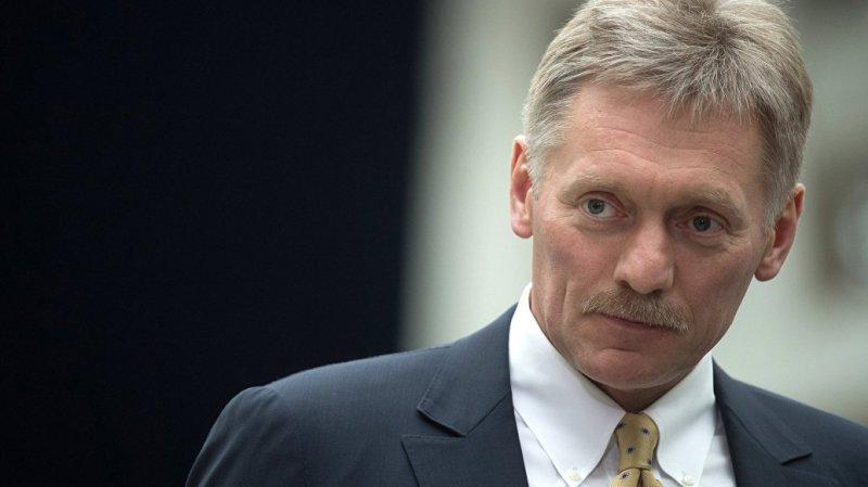 Дмитрий Песков рассказал, что в Кремле следят за ситуацией с онкобольными детьми в Подмосковье