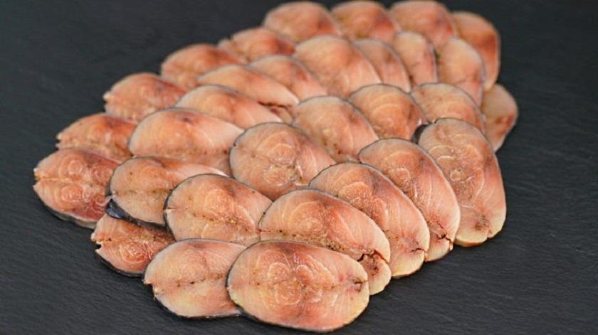 Малосольная маринованная скумбрия: интересное «мурманское сало»