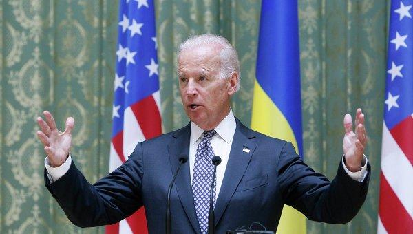 Порошенко «бьется в экстазе» — на Украину едет Байден