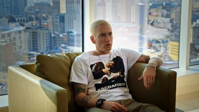 НЕСОКРУШИМЫЕ: Эпизод с Эминемом и Доктором Дрэ / The Defiant Ones: Eminem & Dr. Dre[2017]