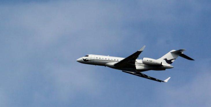 Российский пассажирский лайнер ушел от столкновения с неопознанным военным самолетом
