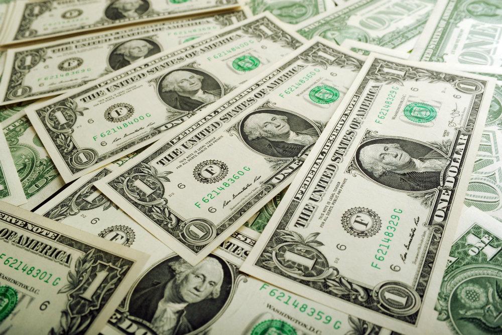 Курс доллара изменит стоимос…