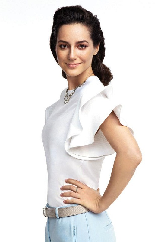 турецкая девушка модель Седеф Авчи фото