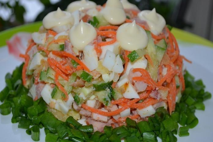 Салат «Шедевр» с корейской морковью. Готовлю на все праздники!
