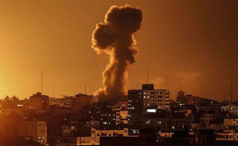 В Газе заявили, что израильская ракета поразила 5-звёздочный отель