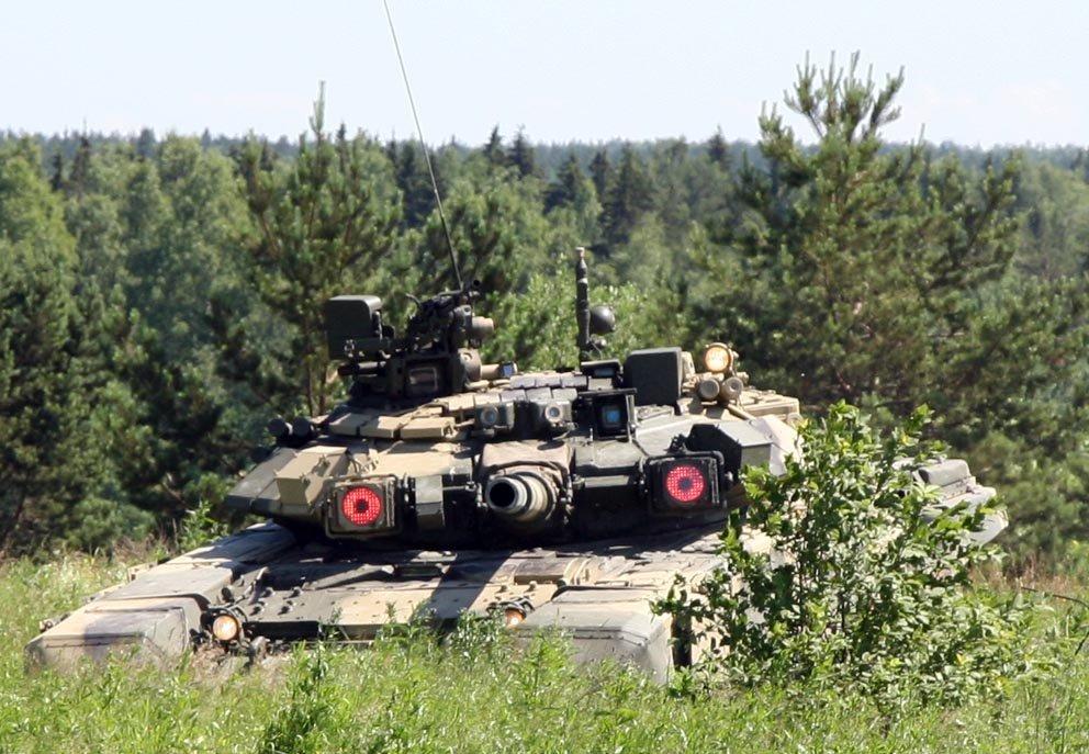 Горькое прозрение в прямом эфире украинского ТВ: Русские танки под Харьковом появятся раньше, чем базы НАТО