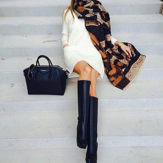 Платье с сапогами: 15 стильных образов