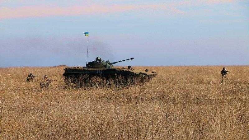 Донбасс: ВСУ обстреляли 17 н…