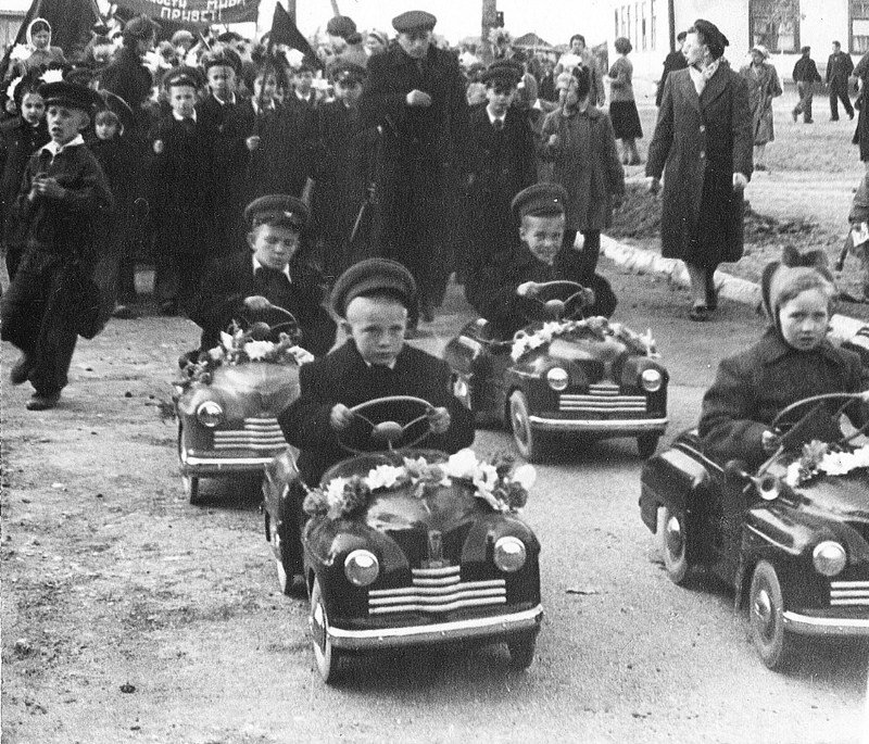 Как в Челябинске производили педальные машины — самые желанные игрушки для малышей