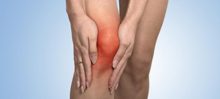 Этот природный напиток поможет вам избавиться от боли в коленях и суставах