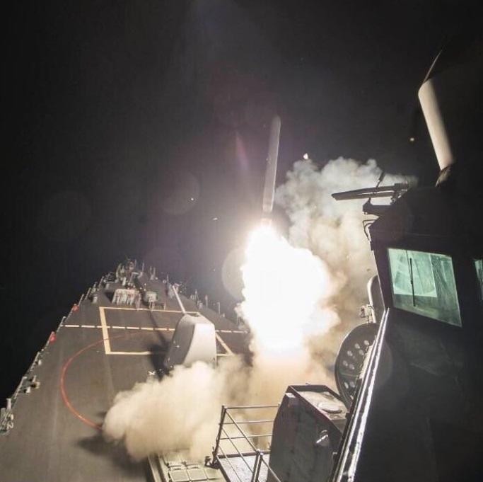 Российские военные были на авиабазе во время удара США — подробности