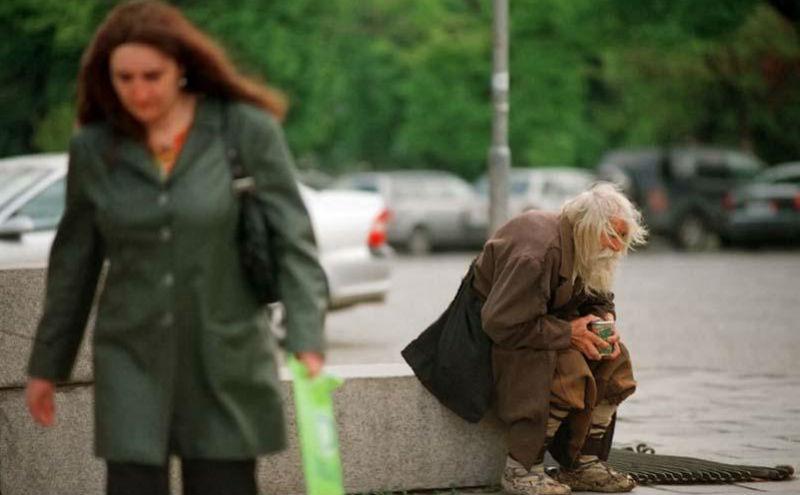 Дедушка Добри — нищий благотворитель