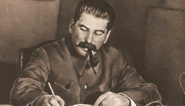 СДЕЛАТЬ С ДОЛЛАРОМ ТОЖЕ САМОЕ, ЧТО СТАЛИН СДЕЛАЛ В 1947 ГОДУ