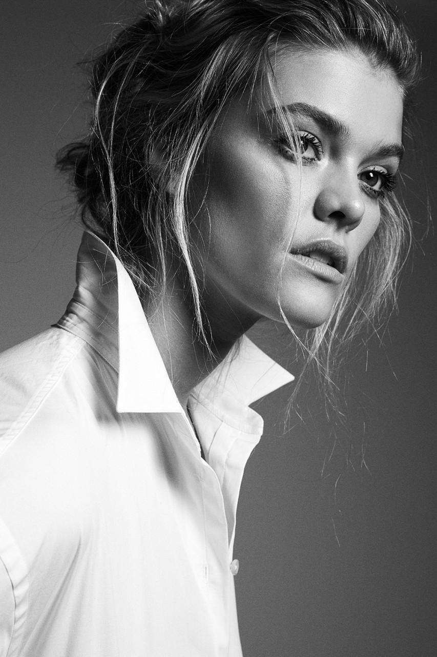 Красивая серия портретов с Ниной Агдал
