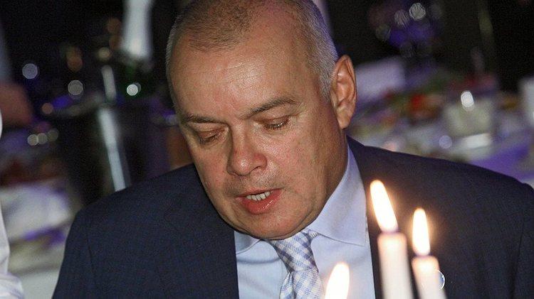 Хромая честь и совесть Киселева: убитых юнкеров ему жаль, рабочих – нет