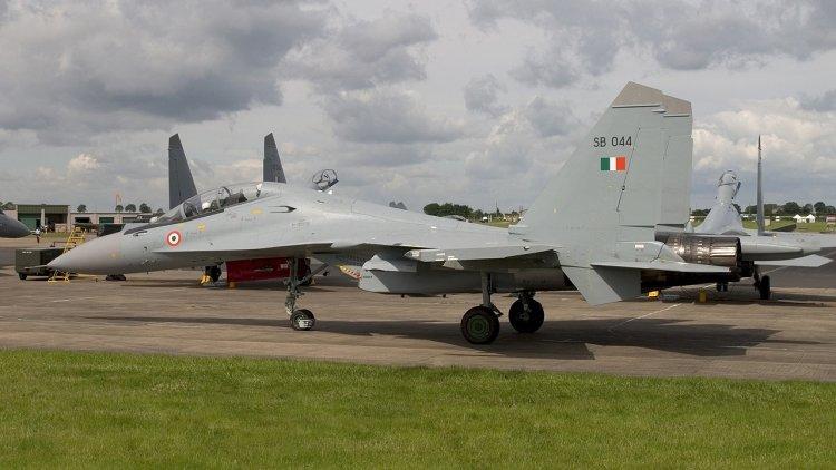 Индия оснастит Су-30МКИ изра…