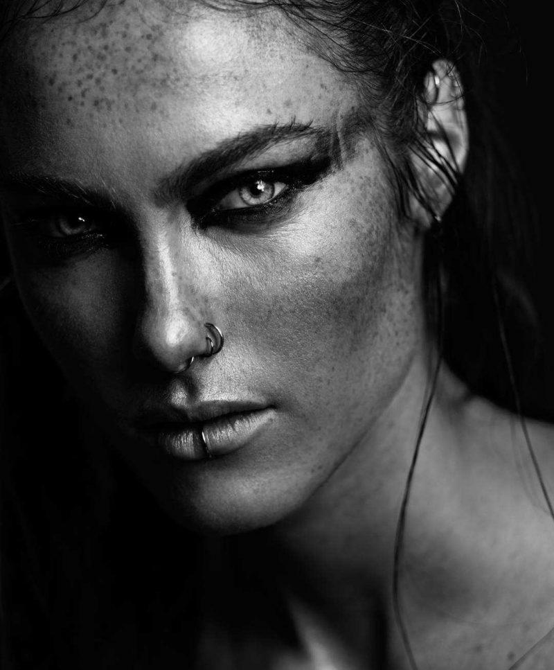 Мощные женские портреты от Brian Ypperciel