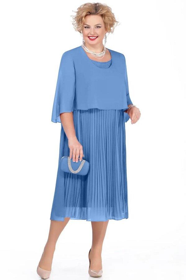 Платье с плиссированным низом