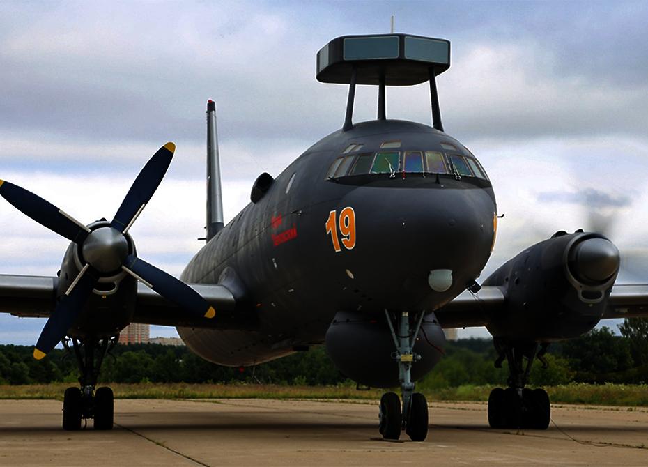 Ил-38Н превратят в «Суперновеллу» и научат уничтожать субмарины