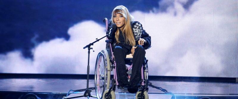 Кума и соратница Порошенко назвала » уродством» российскую певицу-инвалида