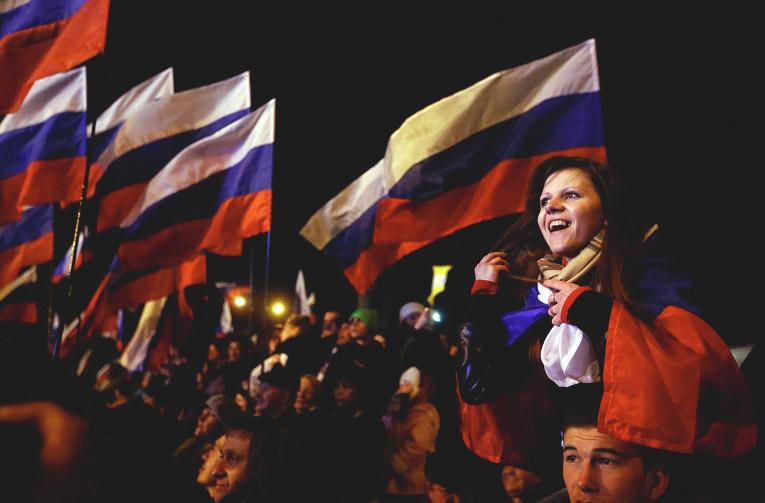 Журналисты Крыма развенчают мифы вражеской пропаганды во время телемоста с Западом