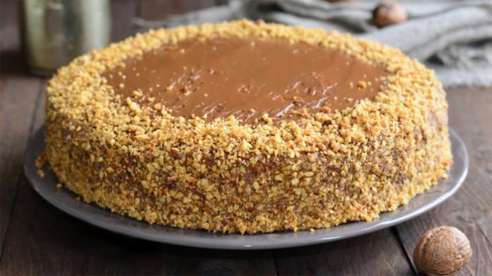 Мой фирменный ореховый торт с вареной сгущенкой!