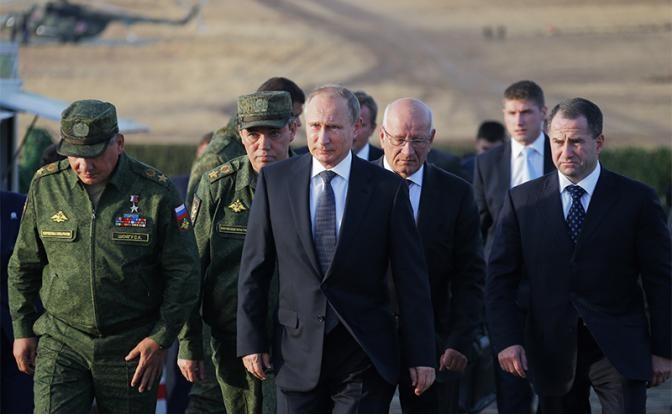 Запад проигрывает Путину хол…