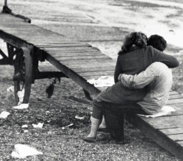 Берет за душу — стихотворение Эдуарда Асадова «С вечера поссорились супруги…».... До кома в горле...