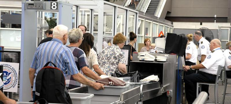 Транзитных авиапассажиров не…