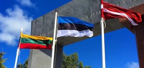 В Прибалтику идет кризис, в …