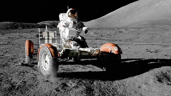 Коричневый конфуз: Китайцы рассказали о вранье США о полете на Луну
