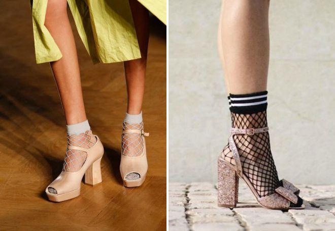 босоножки с носками в сетку
