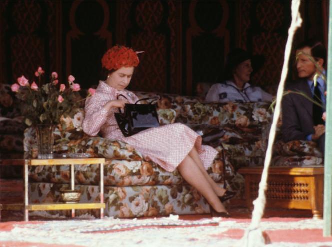 Что в королевской косметичке: любимые бьюти-средства Елизаветы II