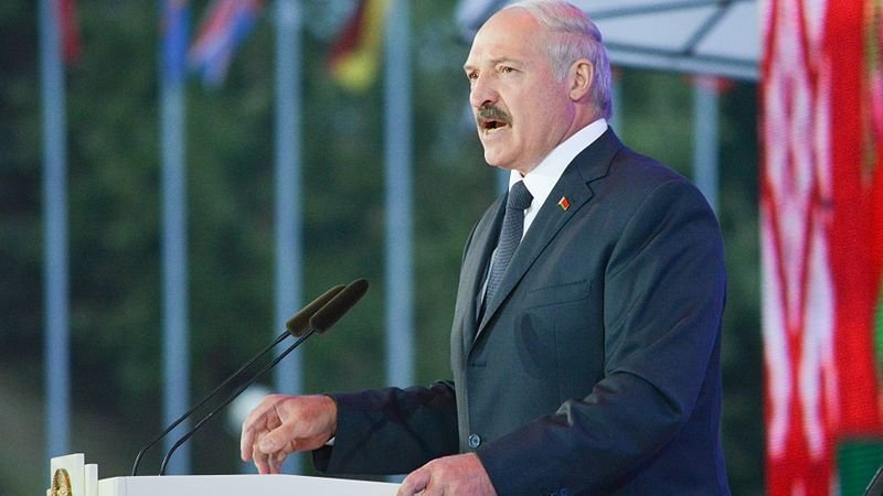 Лукашенко предостерёг от повторения в Белоруссии «украинского сценария»