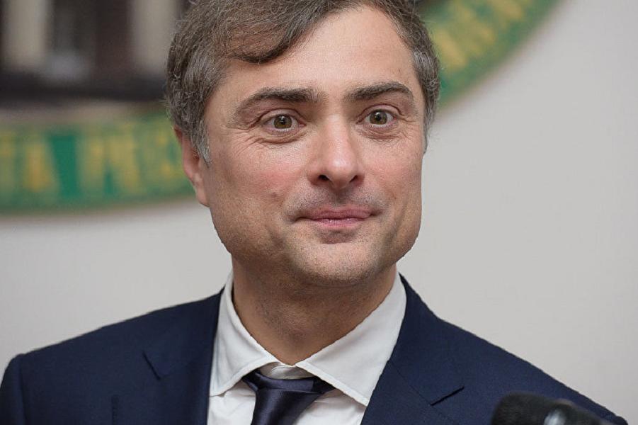 А нужна ли сейчас самому Путину общественная дискуссия, которую спровоцировал  Сурков?