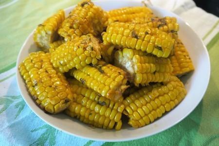 Запеченная в рукаве сливочная кукуруза: фото шаг 5