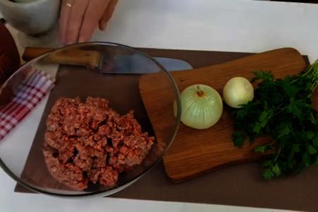 Ленивые чебуреки - быстрый рецепт: фото шаг 1