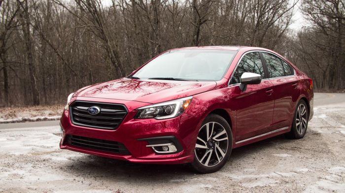 Полноприводный седан Subaru Legacy шестого поколения. | Фото: cnet.com.