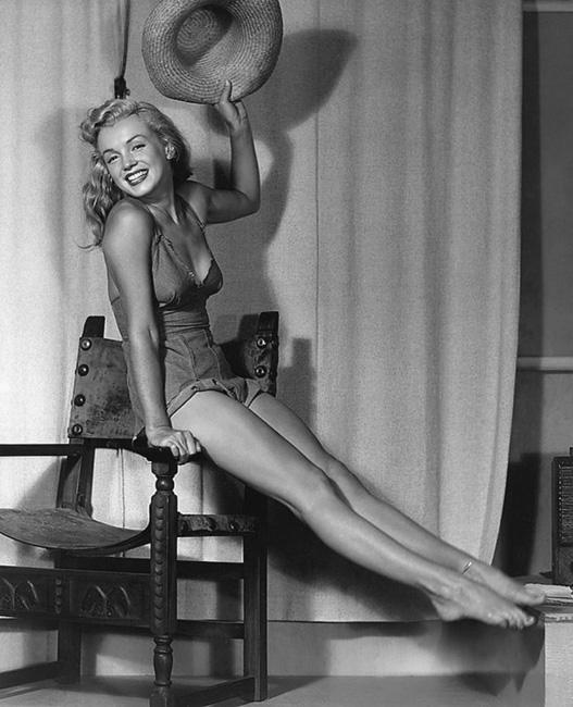 19 интимных фотографий великой Мэрилин Монро