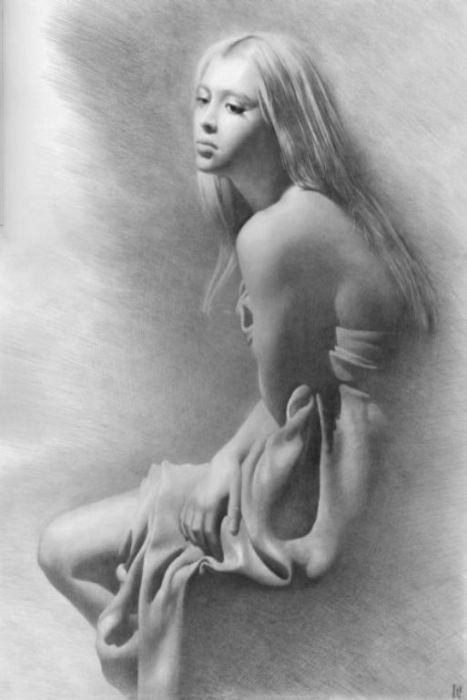 голые карандашом рисунки