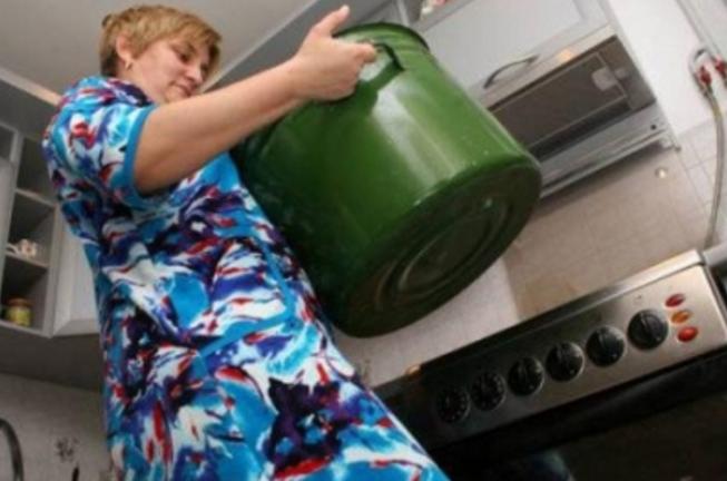 В Одессе декоммунизировали горячую воду