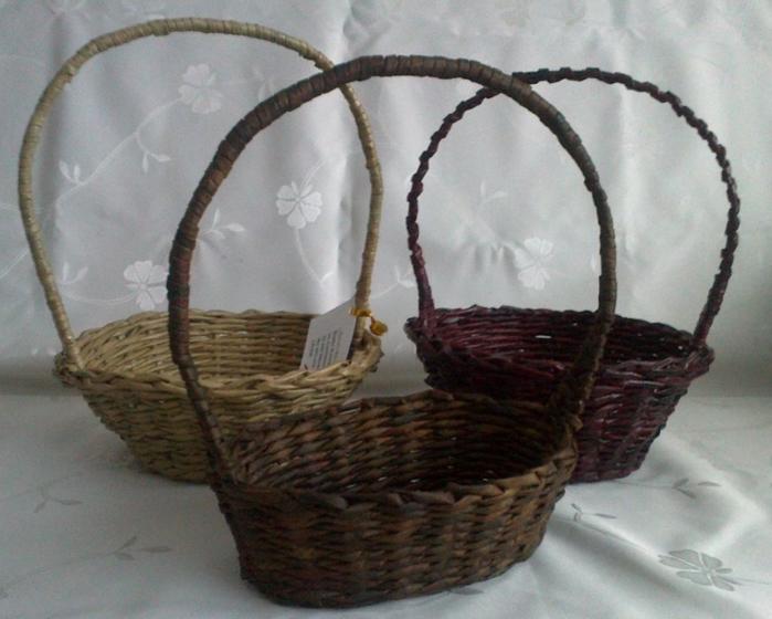 Мастер-класс по плетению корзинки из газетных трубочек (15) (700x560, 255Kb)