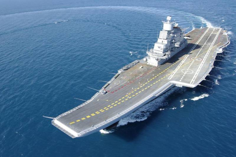 СМИ: Индия сильно пожалела, купив российский авианосец