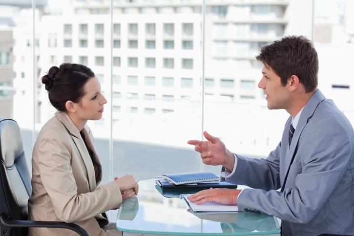 Почему женщине нельзя быть успешнее мужчины?