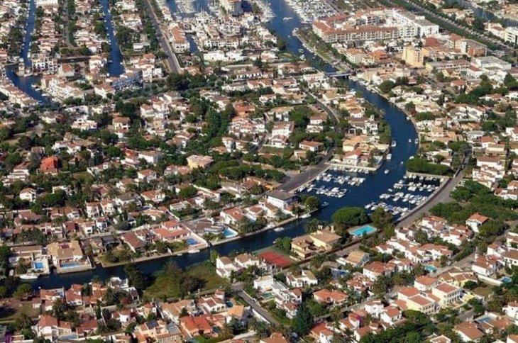 Эмпуриабрава — испанская Венеция